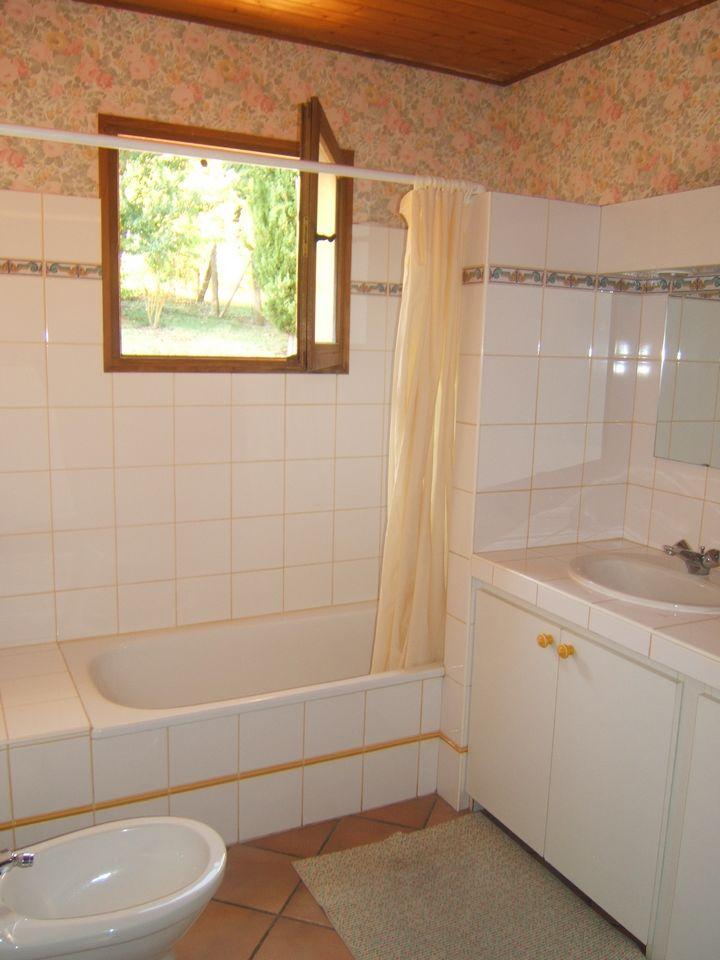 salle de bain bas avant